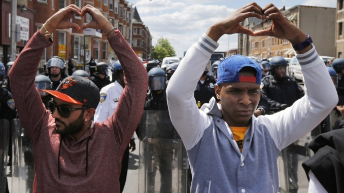 Jim_Bourg_Reuters_Baltimore_Heart